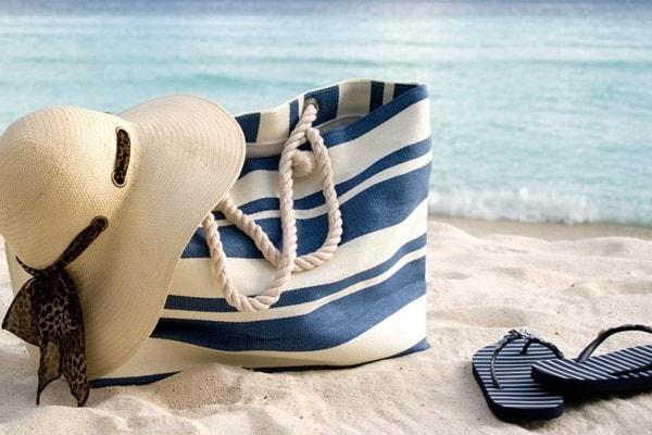 Phụ kiện dùng để đi biển