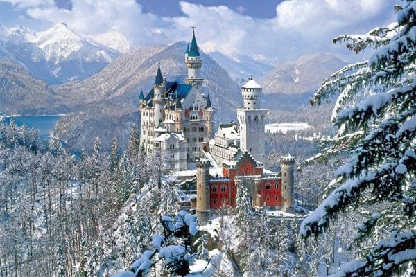 Lâu đài Neuschwanstein ở nước Đức