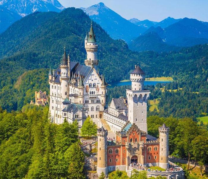 Lâu đài Neuschwanstein tại Đức