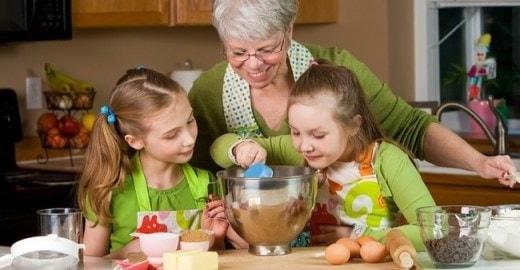 Thuê bà nội bà ngoại
